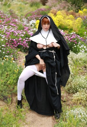 Ginger nun exposes milky titties and plus untapped pinky flower in the field