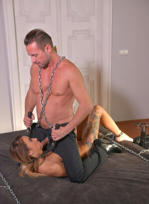 Distasteful fella uses his chance to get down and dirty such a impeccable lover for free